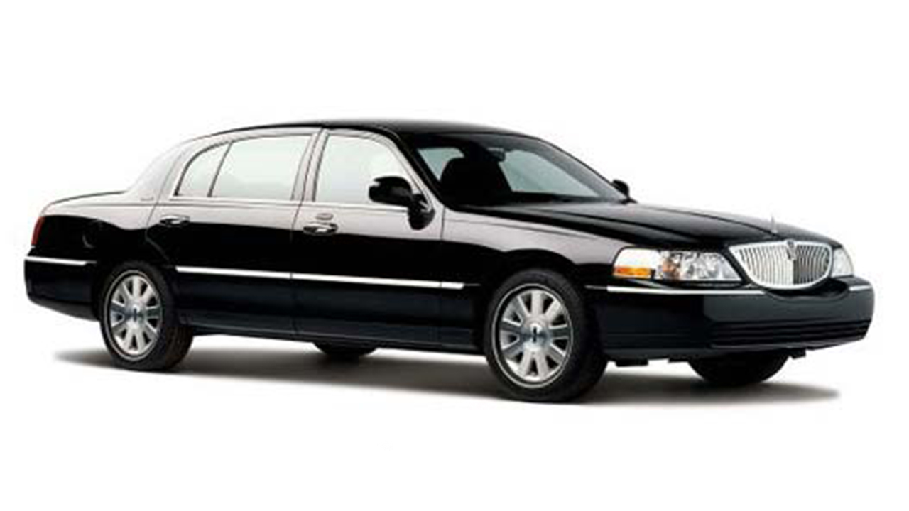 lincoln town car package